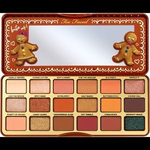 TooFaced Gingerbread Extra Spicy Eyeshadow Palette